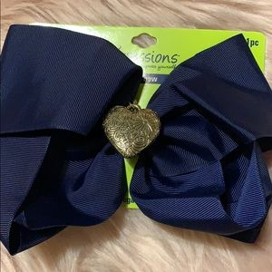 Accessories - Navy blue heart bow